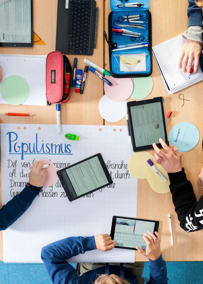 Plakate Digitalisierung Max-Rill-Gymnasium und Internat